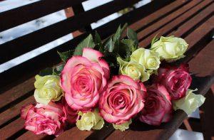 Kiedy kupić kwiaty na ślub?