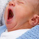 Jak radzić sobie z AZS u niemowlaków?