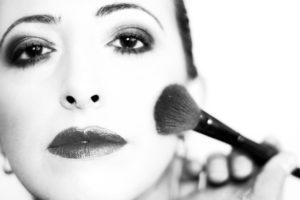 Aby Twój makijaż się nie rozpłynął!