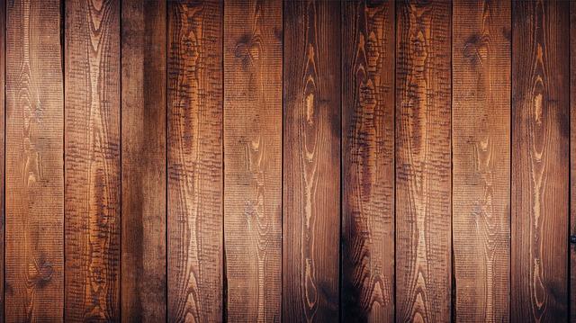 Jaki lakier wybrać do drewna