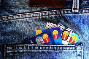 Karta przedpłacona - poznaj jej zalety