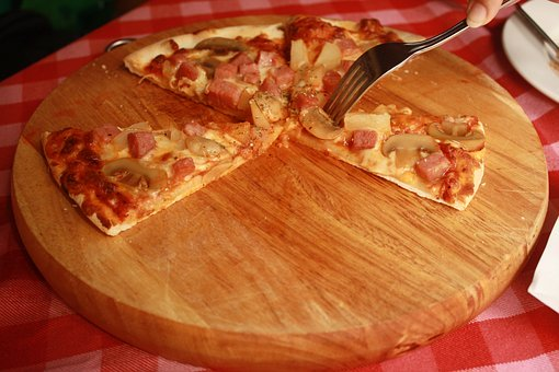 Jakimi cechami powinna charakteryzować się dobra pizza?